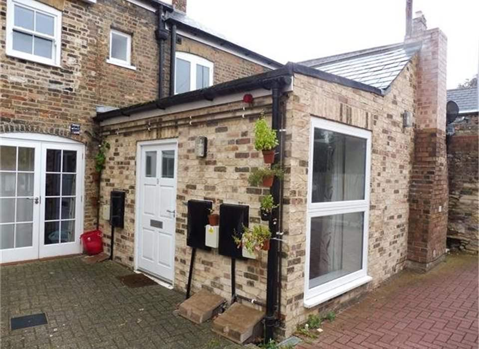 9 Mansion Gardens, Market Place, Whittlesey