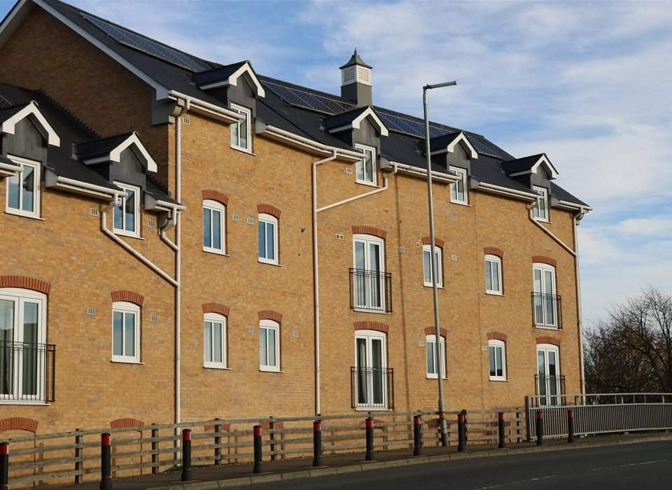 5 Riverside Court, Biggleswade