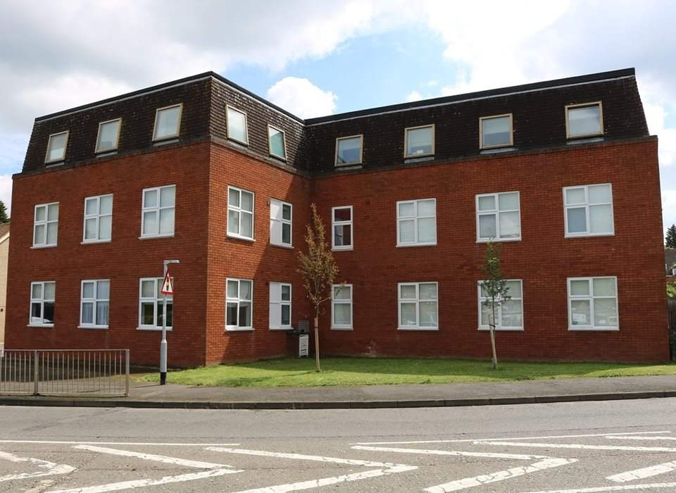 16 Coppers Court, Huntingdon